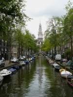 Amsterdam und Umgebung/32583/groenburgwal-mit-zuiderkerktoren-amsterdam-august-2009 Groenburgwal mit Zuiderkerktoren, Amsterdam August 2009.